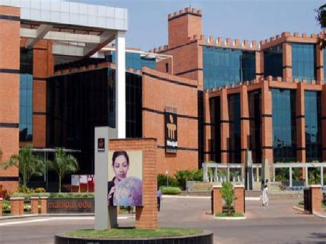 top ten architects top 10 architecture colleges in india careerindia