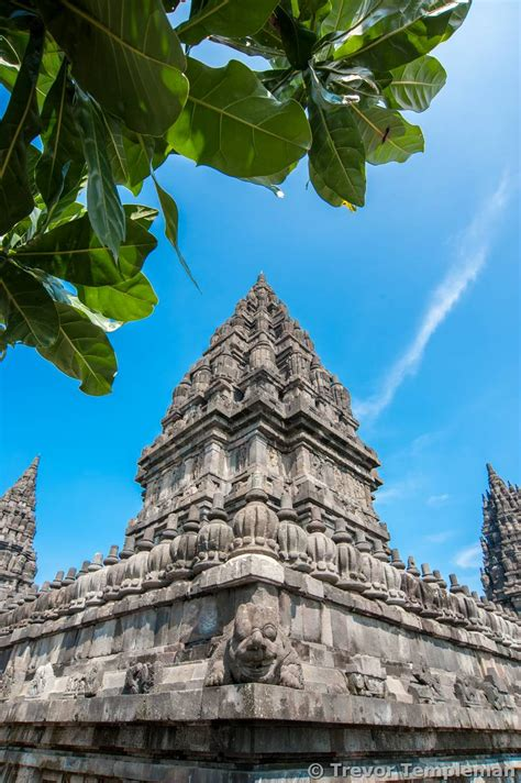 interesting angles tips for visiting prambanan tiana templeman