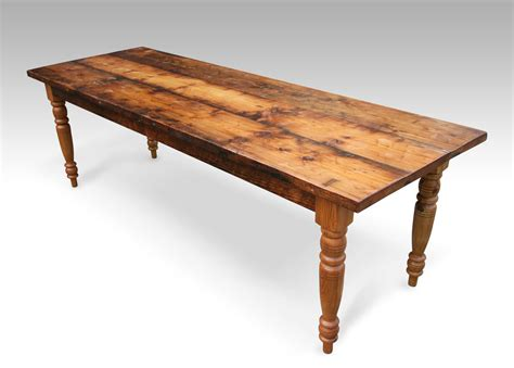 Farmhouse Dining Table Reclaimed Wood Farmhouse Dining Table Turned Legs Recycled