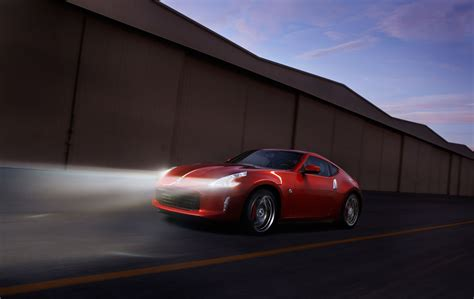 new nissan sports car 2013 nissan 370z gets a few subtle changes with same