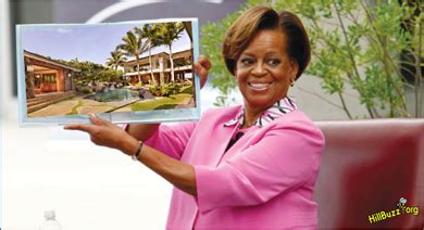 obama buys house in hawaii snopes luxury mansions celebrity homes obamas buy 40 million