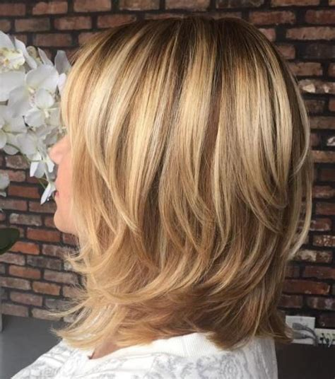 Medium Hairstyles For 70 by Best 25 Medium Layered Hairstyles Ideas On