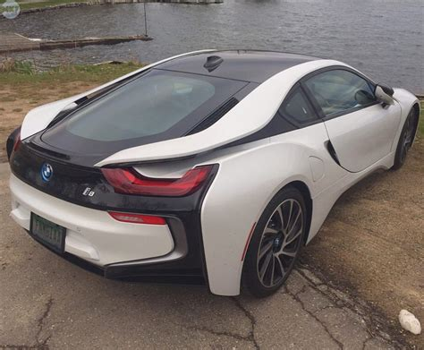 futuristic cars bmw bmw i8 one of the most futuristic looking cars on the road