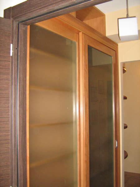 armadi librerie armadio ad ante scorrevoli e sistema di regolazione mensole