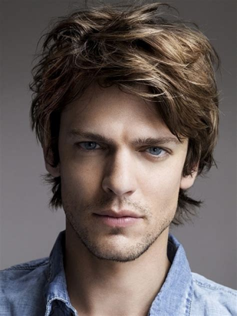 mens cuts wavy hair make face look thinner 40 hottest men s hairstyles 2016 haircuts hairstyles