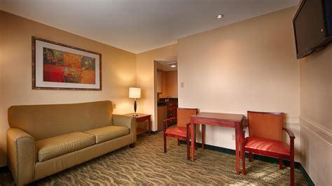 rooms to go mcallen tx best western garden inn suites mcallen
