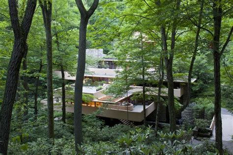 s day house by water frank lloyd wright s masterpiece fallingwater