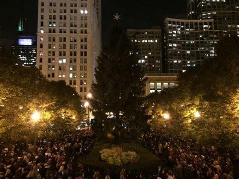Watch Replay Of Chicago S Christmas Tree Lighting Ceremony Tree Lighting Chicago