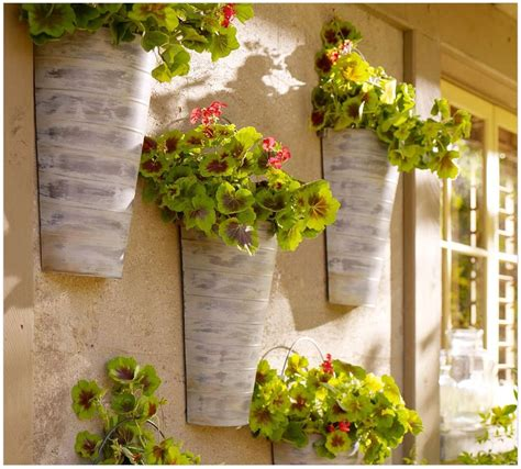 great metal wall decor flowers decorating ideas images in prozor u dom vrijeme je za uređenje balkona i terasa