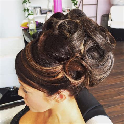 pin by zs 243 fia pink on beautiful hair and make up updos and big hair