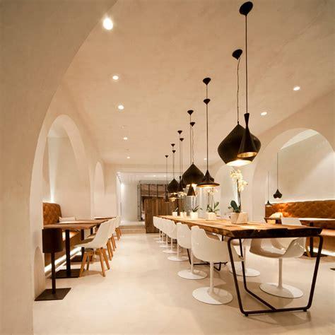 salci arreda le sedie flow chair di mdf italia nel ristorante saffron