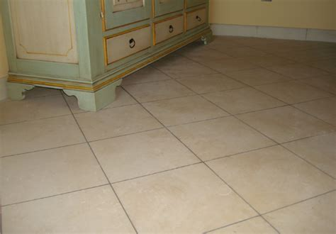 pavimenti lucidi per interni pavimenti per interni in carparo e pietra leccese lisci e
