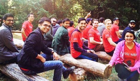 Uvic Daytime Mba Program by From Strangers To Teammates Mba Orientation Transforms