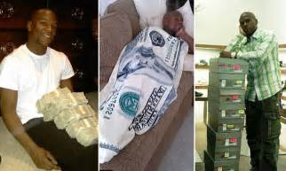 floyd mayweather money bag ridiculousness floyd mayweather inside the ridiculously over the top