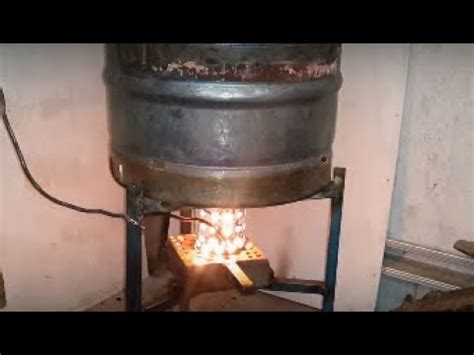 diy ozzirt waste oil heater make a great waste oil burning stove heater doovi