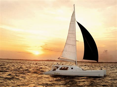 catamaran bali lembongan wakasailing cruise luxury catamaran sailing to nusa