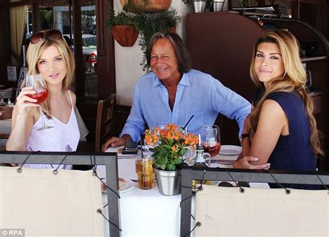 photo of mohammed hadid first wife joanna krupa takes leann s side against real housewives