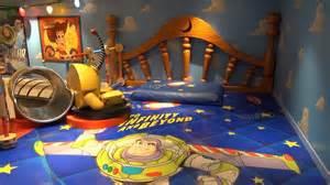 Bedroom Talk The Starting Line disney magic cruise andy s room oceaneer s club w