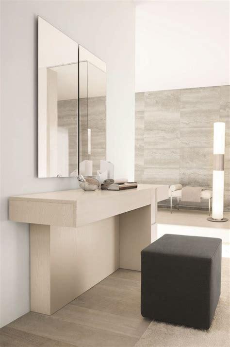 badezimmer vanity wandspiegel die besten 17 ideen zu schminktisch modern auf