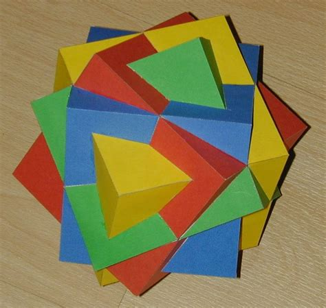 Paper Cubes - paper compound of four cubes