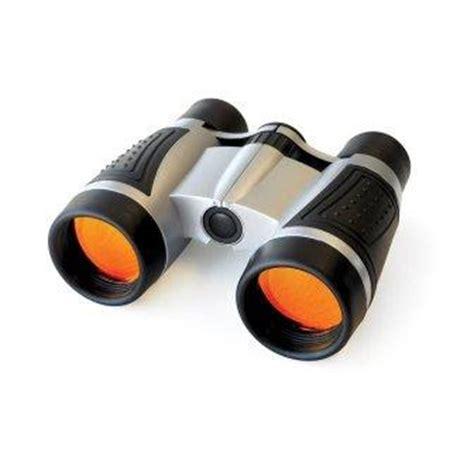focus binoculars
