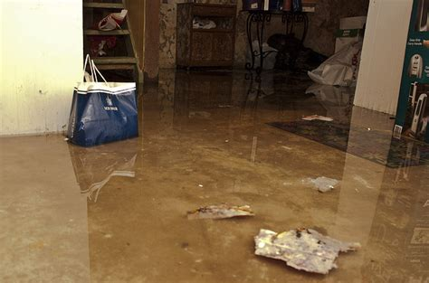 best ways to deal with basement floods eieihome