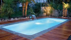 piscina da esterno prezzi piscina con idromassaggio da esterno boiserie in