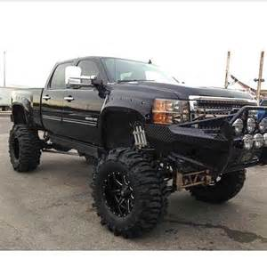 badrides on quot badass lifted chevy duramax lift