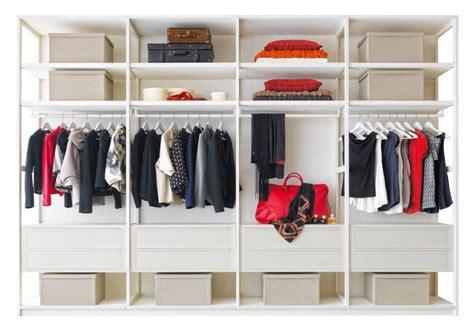 cassettiere sospese idee come organizzare la cabina armadio arredaclick