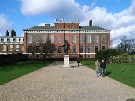 Kensinton Palace | world visits kensington palace in london a historical castles