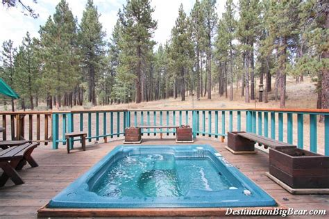 Big Cabins With Tub stay at a big lake cabin rental with a tub