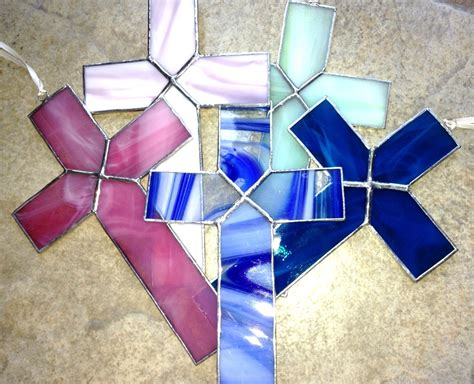 stained glass cross l simple stained glass cross www imgkid com the image