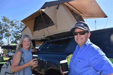 Moving Story Lilys New Tent 2018 mid coast caravan cing 4wd fish and boat