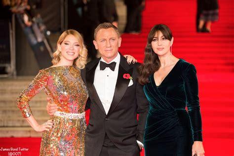 lea seydoux james bond outfits james bond twitter 007