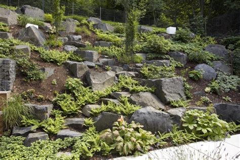 Hanggarten Mit Gabionen Gestaltet Living Stone Garden Gartengestaltung Mit Steinen Am Hang