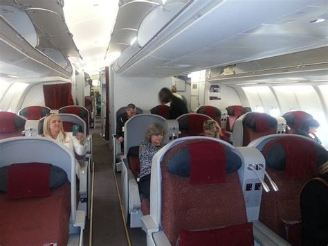 tiket bussiness garuda garuda business class inspection old product