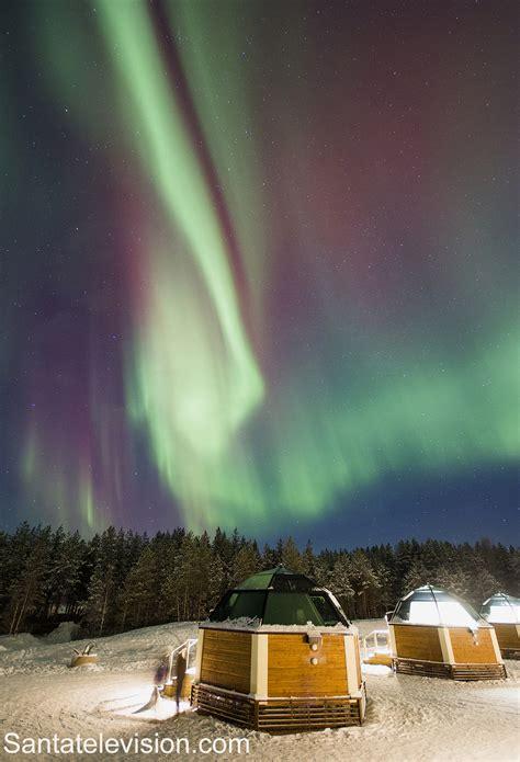 igloo under northern lights arctic glass igloos under the northern lights in rovaniemi
