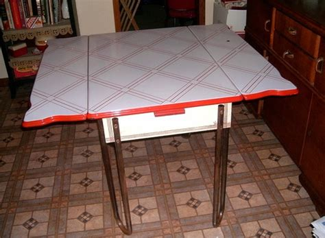 RED WHITE PORCELAIN ENAMEL ART DECO KITCHEN TABLE 1930'S