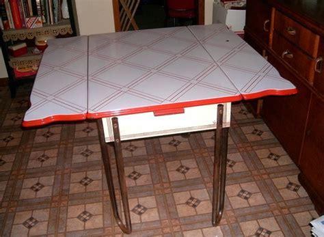 RED WHITE PORCELAIN ENAMEL ART DECO KITCHEN TABLE 1930'S