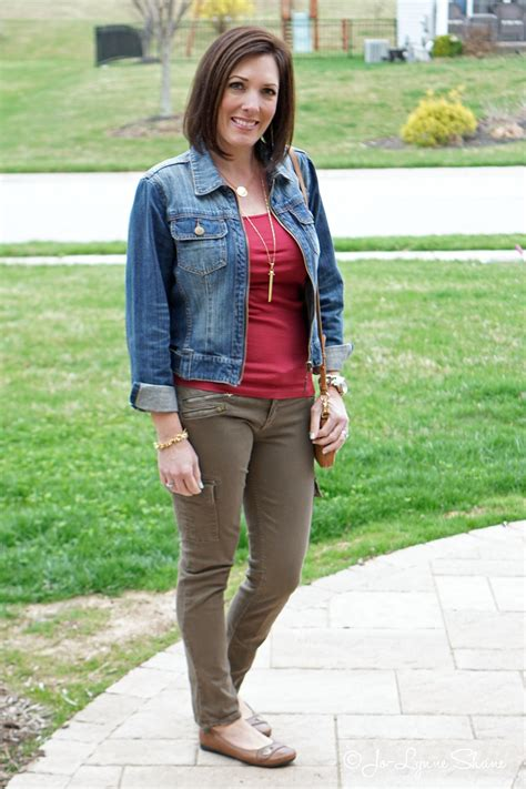 2015 spring fashions for women over 40 fashion over 40 daily mom style 04 15 15