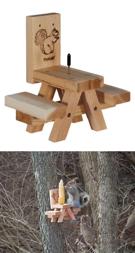 corn  squirrel feeder plans woodworking projects plans