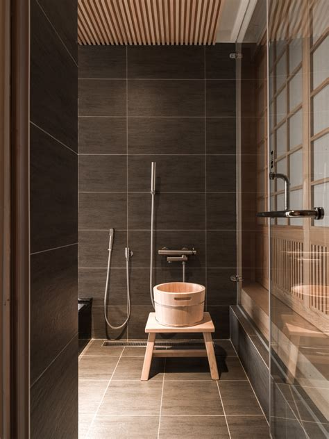 Japanese Shower | japanese bathroom interior design ideas