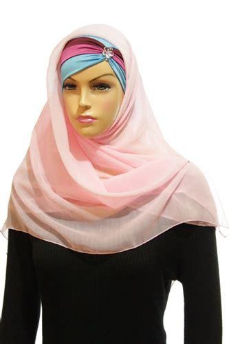Jilbab Katun 2 jilbab katun plus inner pink baby 500 215 500 grosir jilbab