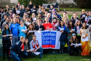 Lbs Mba Program by Lbs Sings To New Guinness World Record