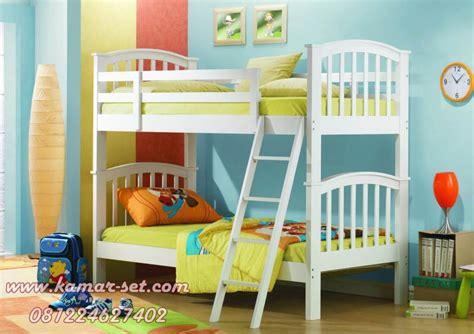Tempat Tidur Anak Tingkat Ranjang 2 Susun Putih Kayu Mahoni harga tempat tidur tingkat murah ranjang susun putih