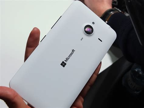 lumia 640 available now 640 xl arriving shortly lumia 640xl lte now available to buy in the uk