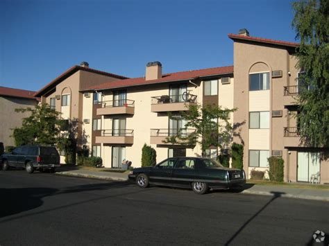 2 bedroom houses for rent in spokane wa serrano apartment homes rentals spokane wa apartments com