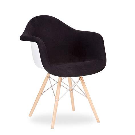 stuhl wooden arms stuhl wooden arms bezogen design klassiker daw