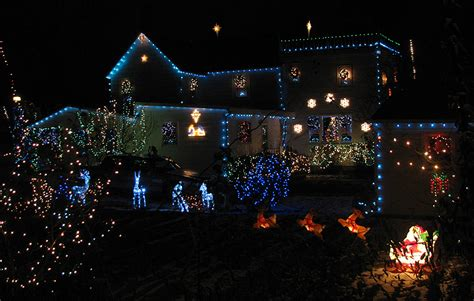 tacky christmas lights around richmond and fairfax loudoun