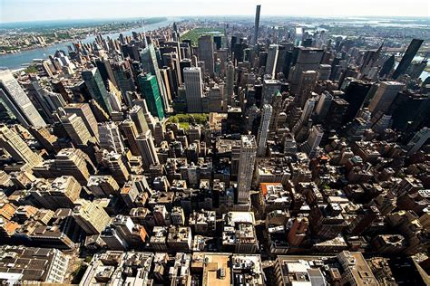 secret 103rd floor balcony of the empire state building is revealed in photos daily mail online
